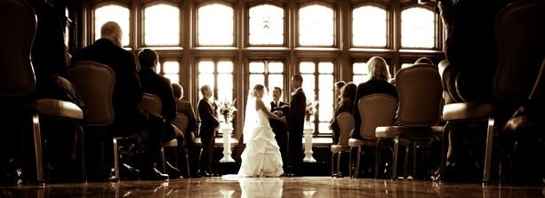 How to become a wedding photographer photography colleges for Wedding photographer wanted